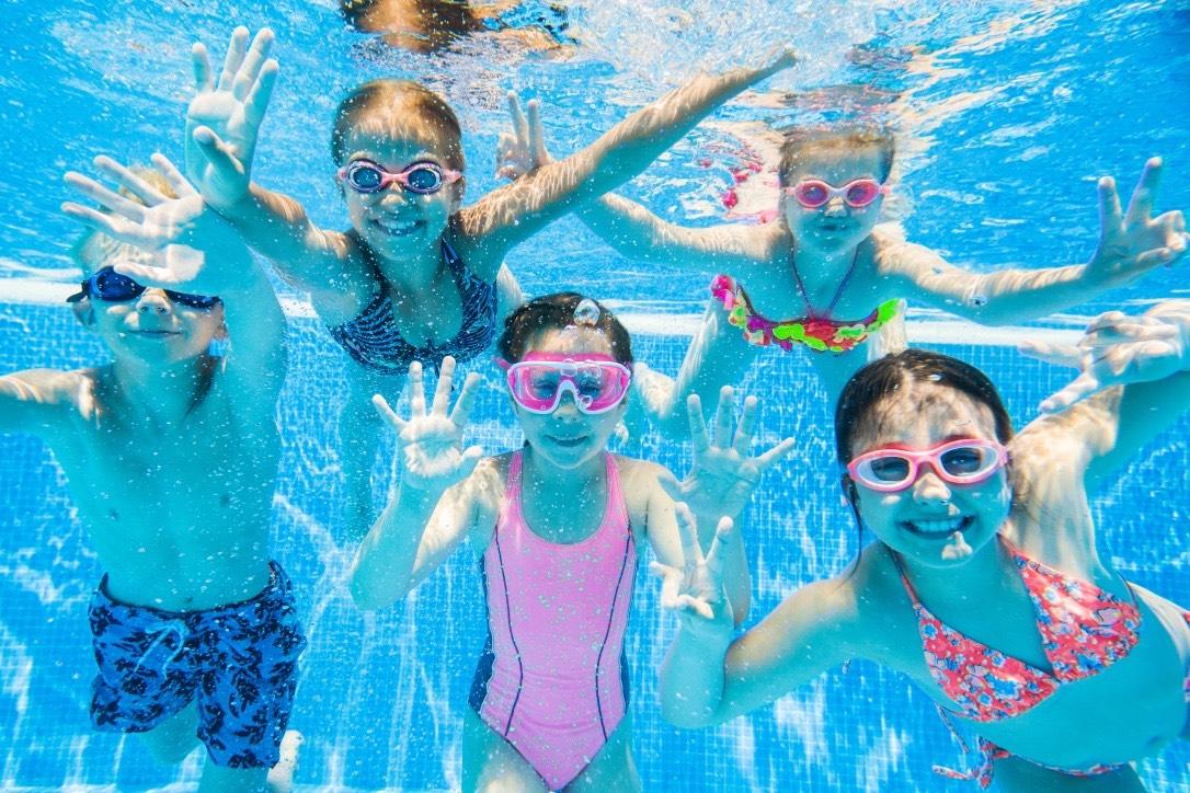 Cloración con sal y automatización de piscinas – ventajas y beneficios